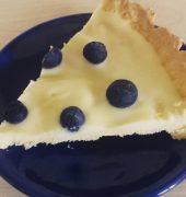 Specjalność pani Marysi – tarta z białą czekoladą i borówkam…